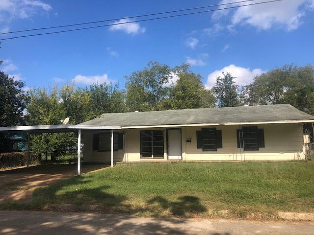 Photo of home for sale at 206 Alexander, Jacksonville TX