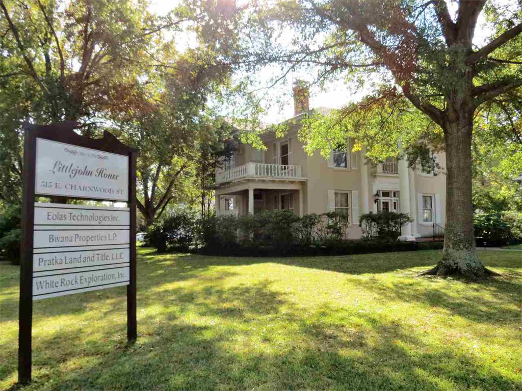 Photo of home for sale at 313 Charnwood, Tyler TX