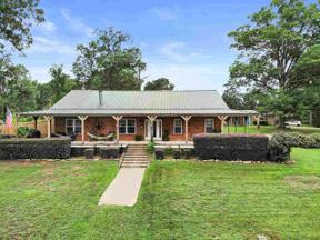 Property for sale at 1625 W Lake, Gladewater,  Texas 75647