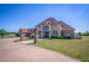 Property for sale at 125 Paradise Pt, Longview,  Texas 75605