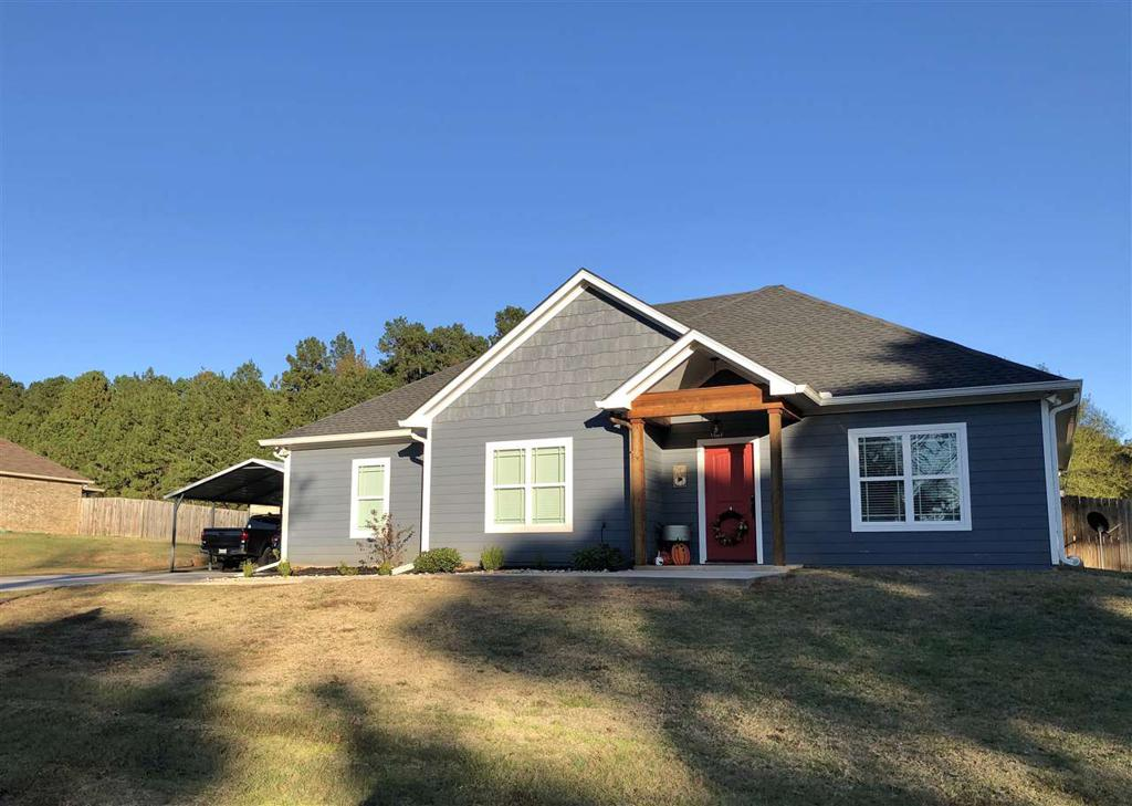 Photo of home for sale at 168 Skinner Lane, Longview TX