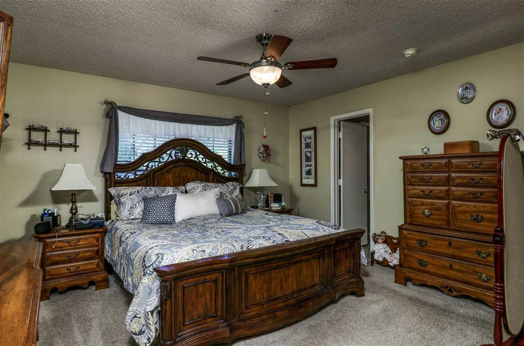 Photo of home for sale at 1513 Miami Drive, Longview TX