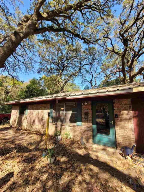 Photo of home for sale at 514 Shady Ln, Nacogdoches TX