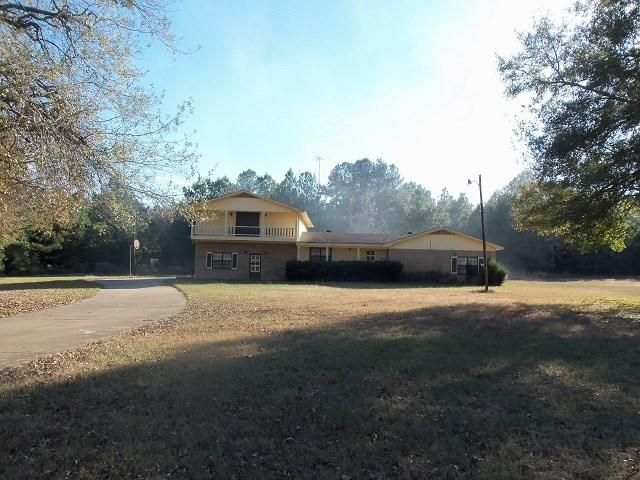 Photo of home for sale at 1245 CR 166, Overton TX
