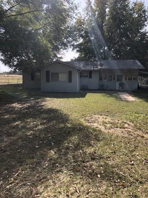 Photo of home for sale at 32 Garrett Dr, Texarkana AR