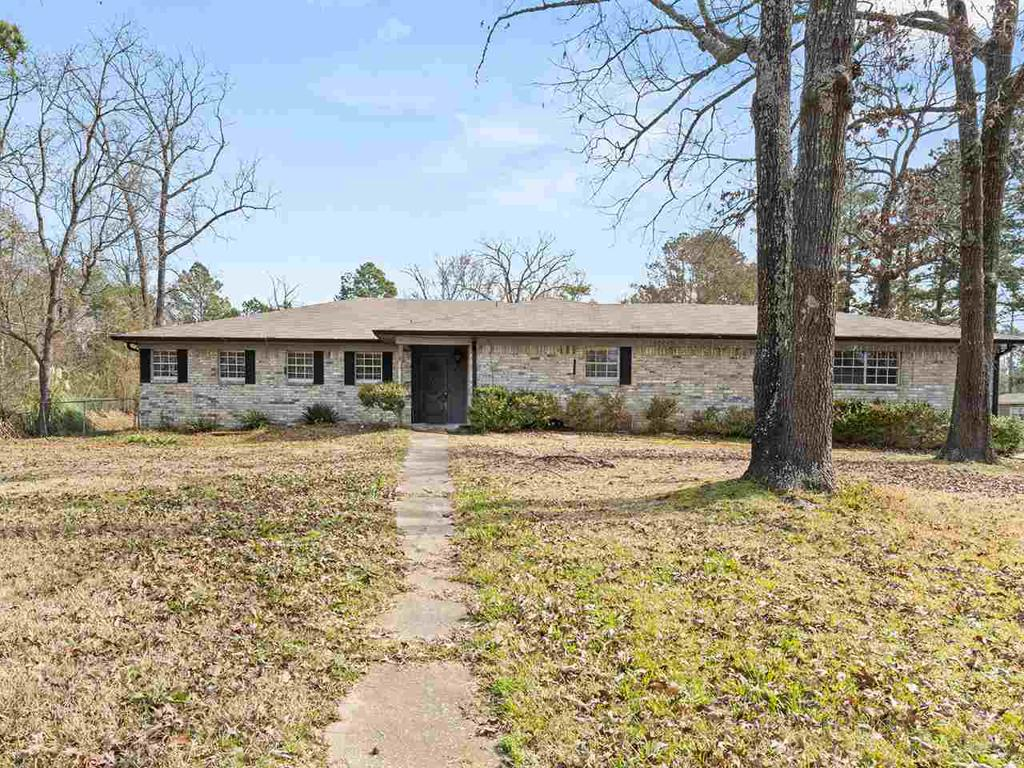 Photo of home for sale at 391 Tami, Kilgore TX