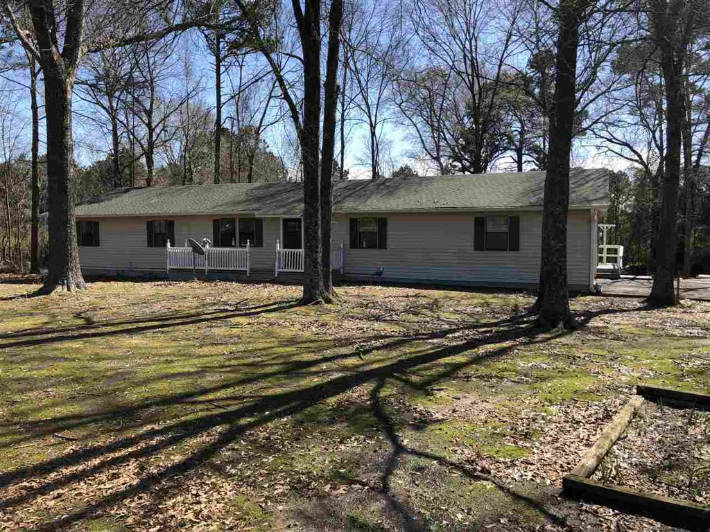 Photo of home for sale at 5334 NW Loop, Carthage TX