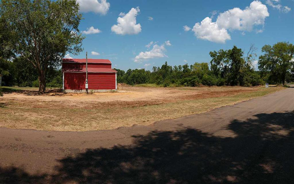 Photo of home for sale at 1437 Allen Rd (CR 2216), Tatum TX