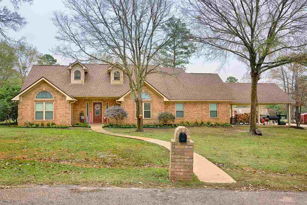 Photo of home for sale at 449 TIMBERLINE DR,, Kilgore TX