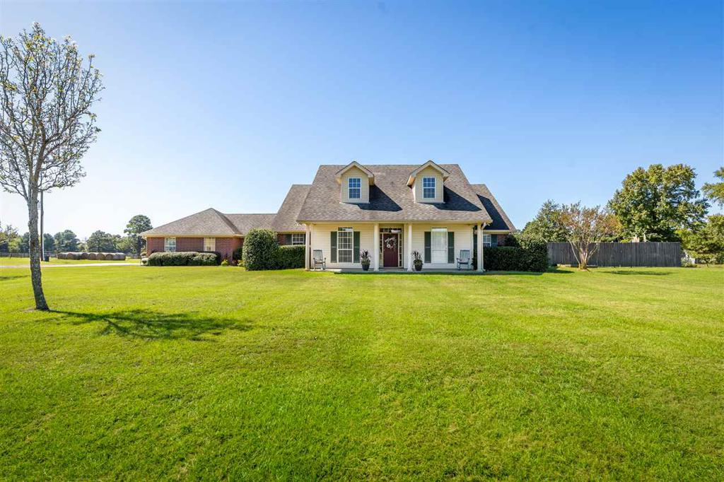 Photo of home for sale at 312 Douglas, Hallsville TX