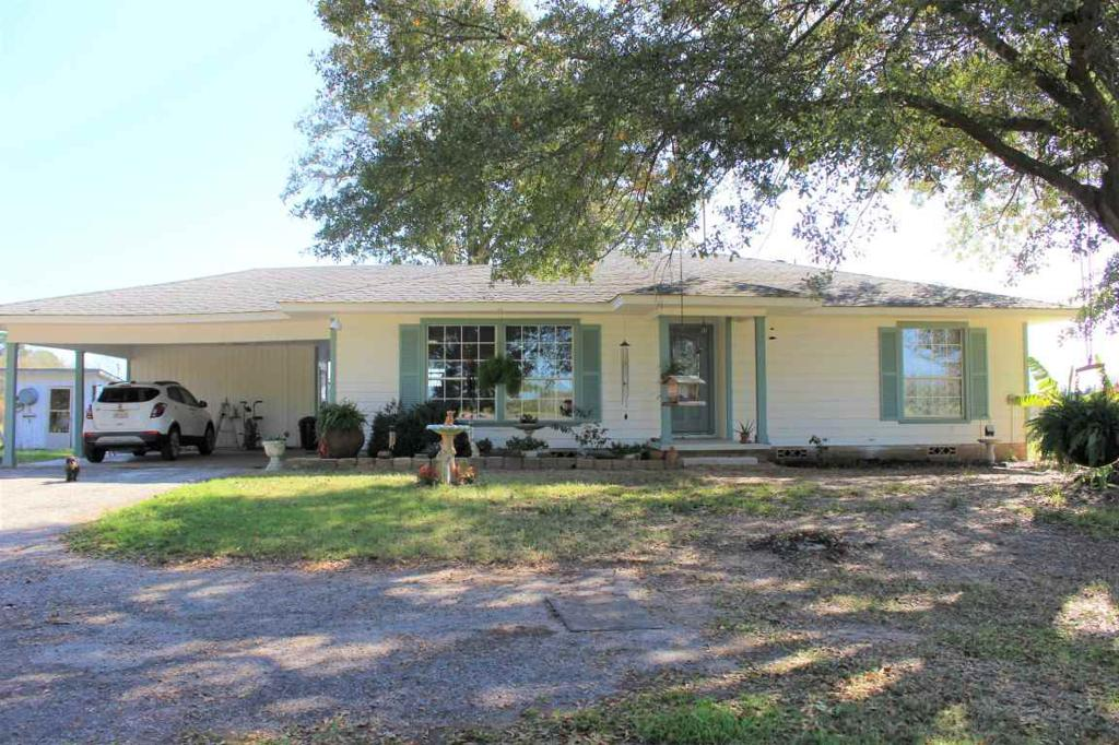 Photo of home for sale at 11296 FM 1798, Henderson TX
