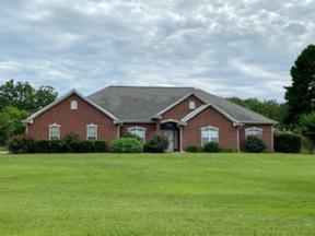 Property for sale at 330 Honey Creek Lane, Longview,  Texas 75605