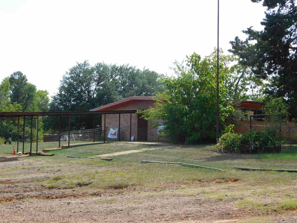 Photo of home for sale at 350 Wesley St, Jefferson TX