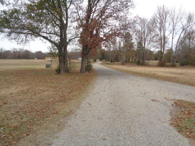 Photo of home for sale at 0 Springhill Ln, New Boston TX