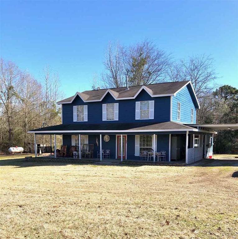 Photo of home for sale at 166 County Road 464, Carthage TX