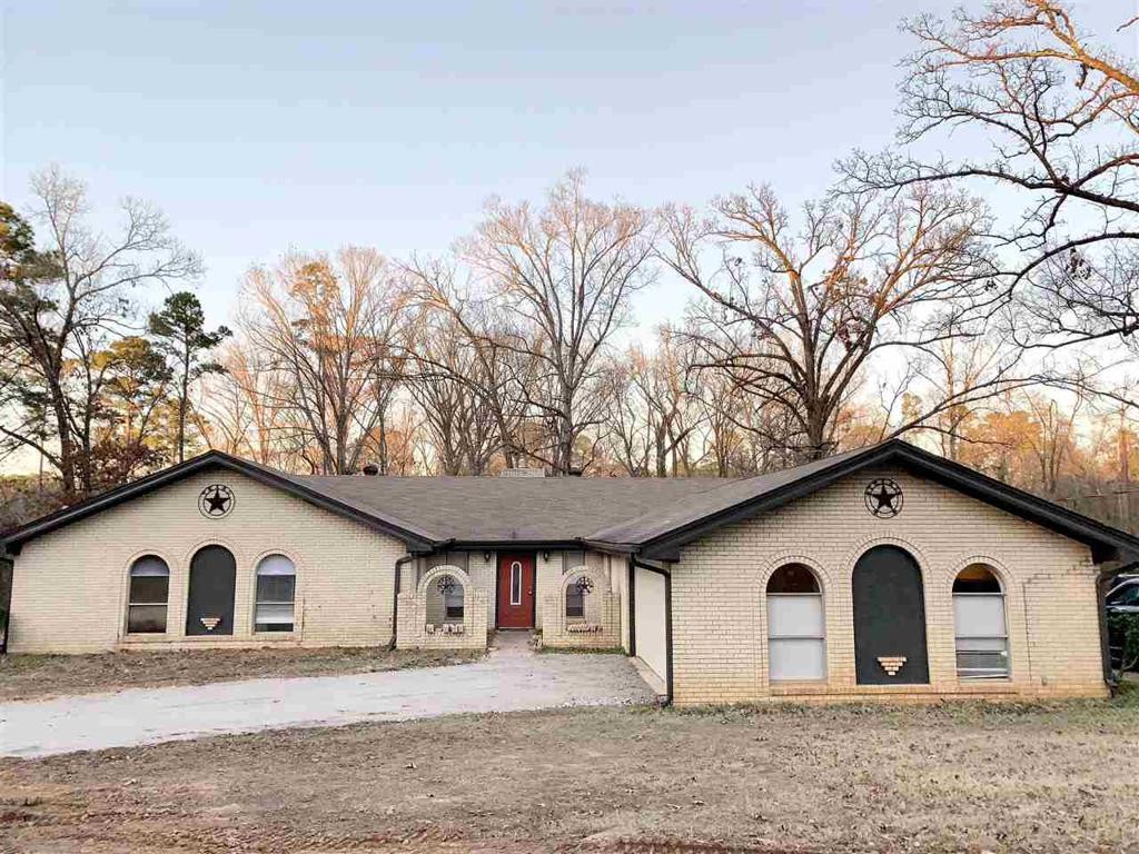 Photo of home for sale at 759 OAKRIDGE DR, Ore City TX