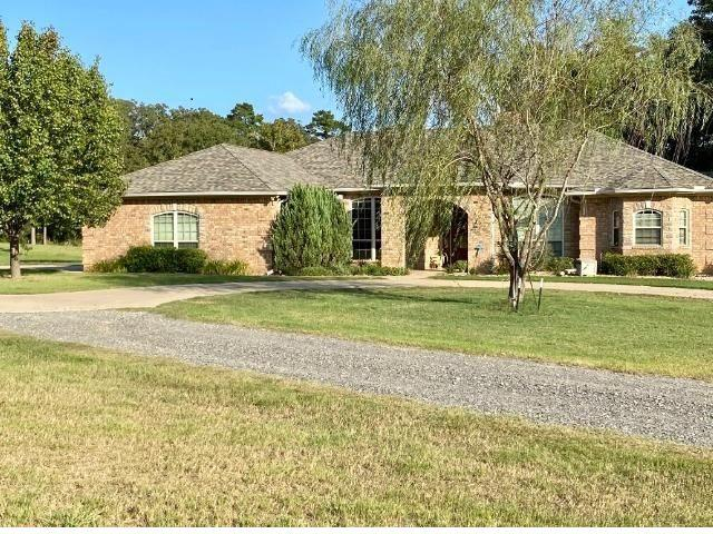 Photo of home for sale at 173 CR 284, Beckville TX