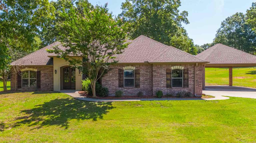 Photo of home for sale at 115 CREEK DR, Marshall TX