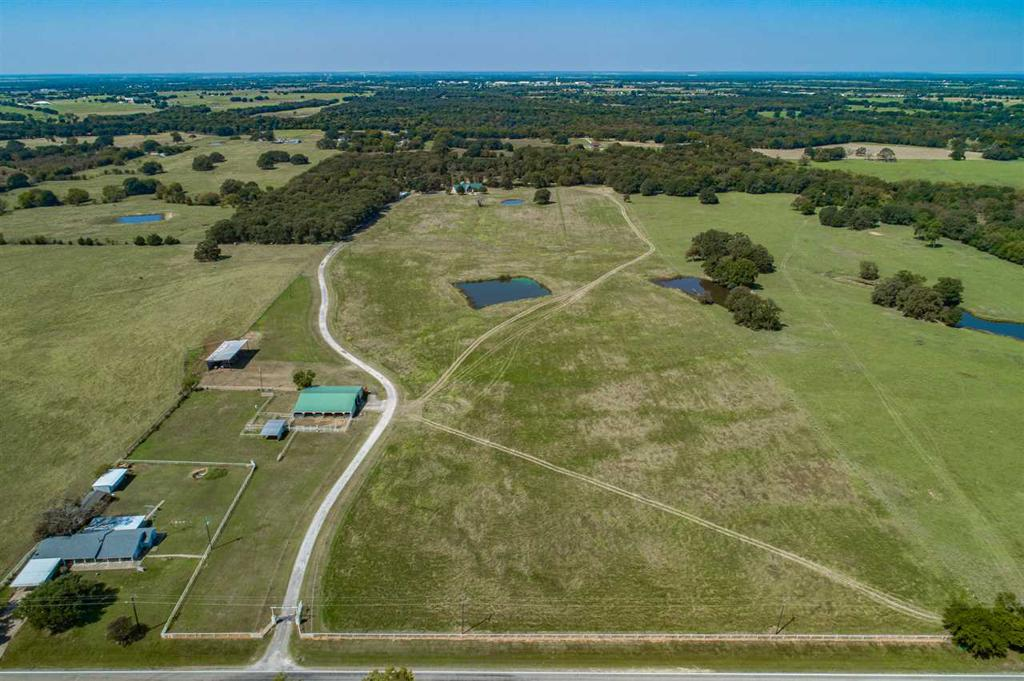 Photo of home for sale at 3951 FM 1504, Wills Point TX