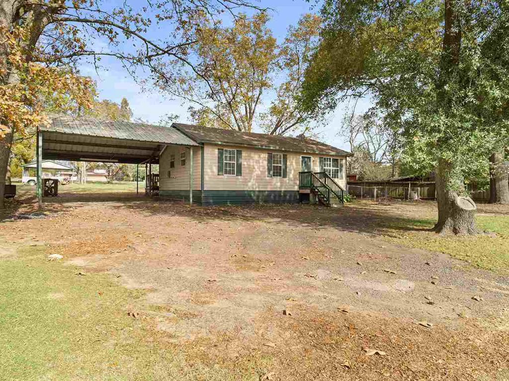 Photo of home for sale at 103 HAROLD LEE STREET, Naples TX