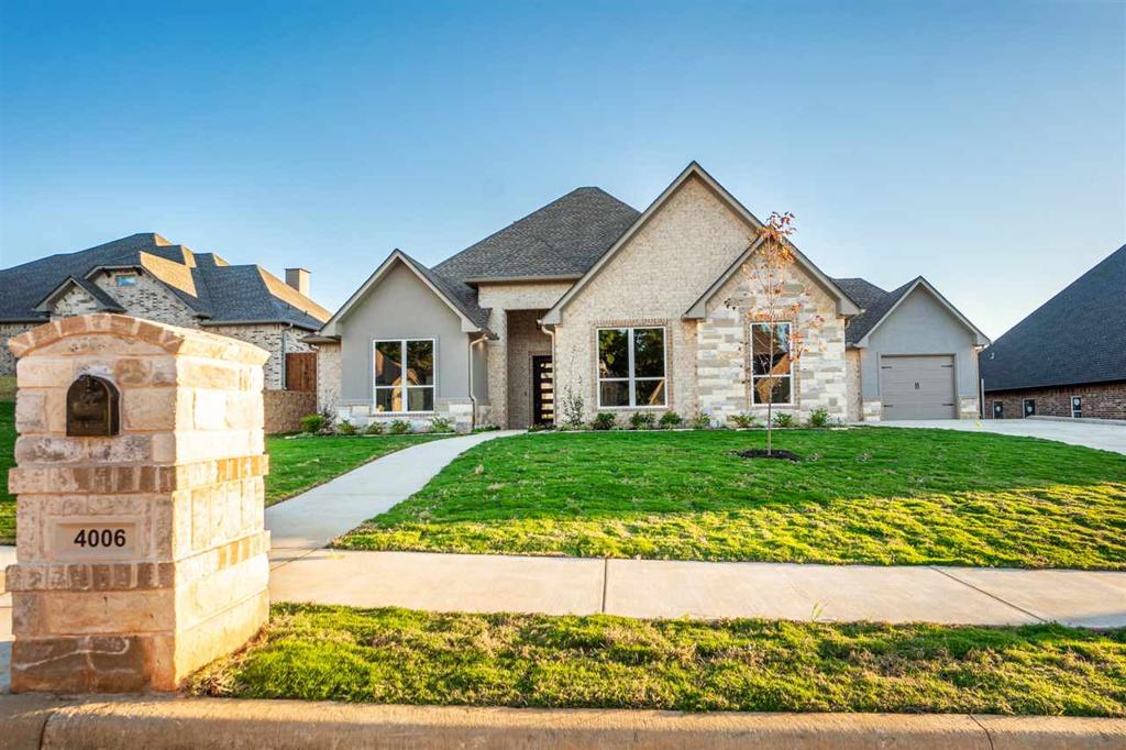 Photo of home for sale at 4006 Hidden Hills Circle, Longview TX