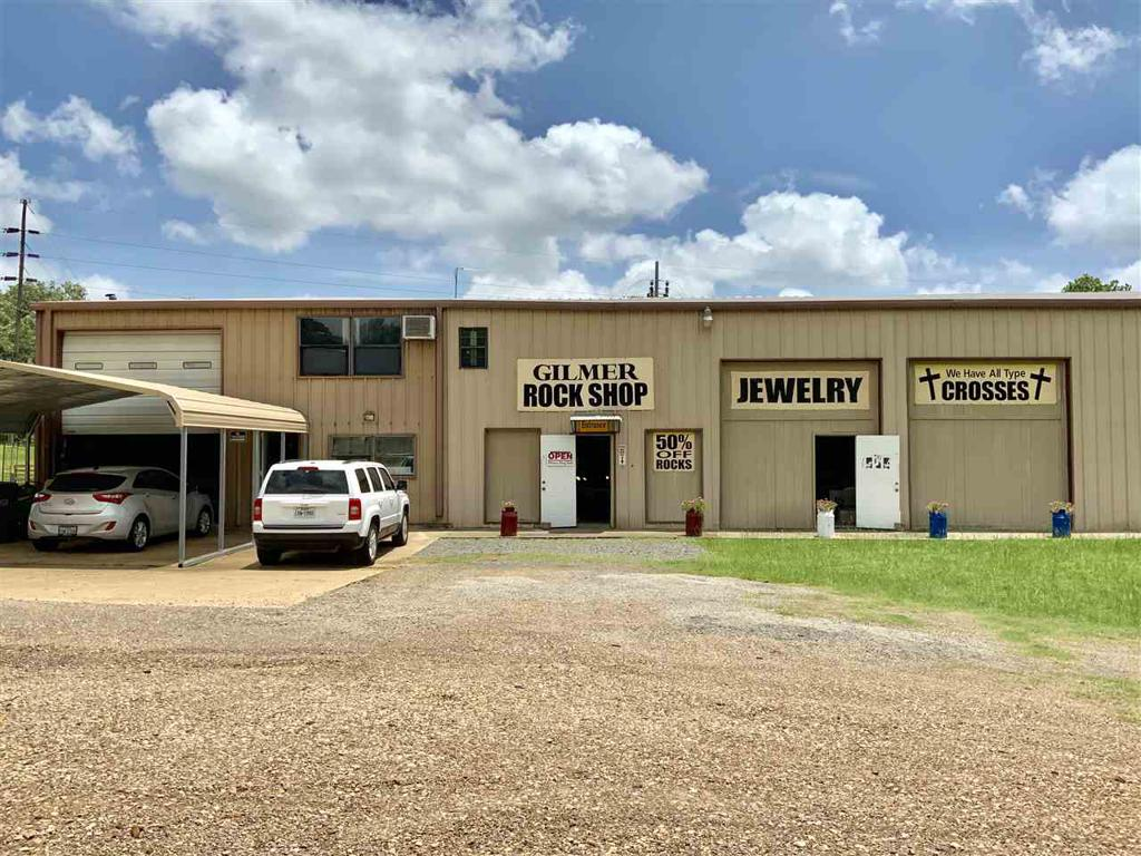 Photo of home for sale at 3418 US Highway 271, Gilmer TX