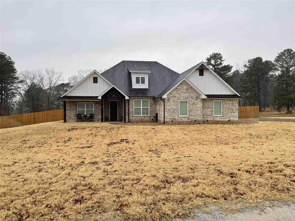 Photo of home for sale at 338 WILLOW CREEK RANCH RD, Gladewater TX