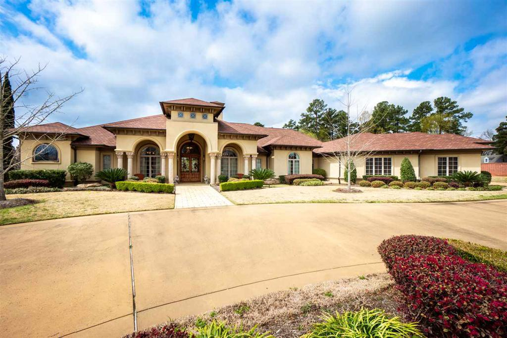 Photo of home for sale at 4001 Water View Drive, Longview TX