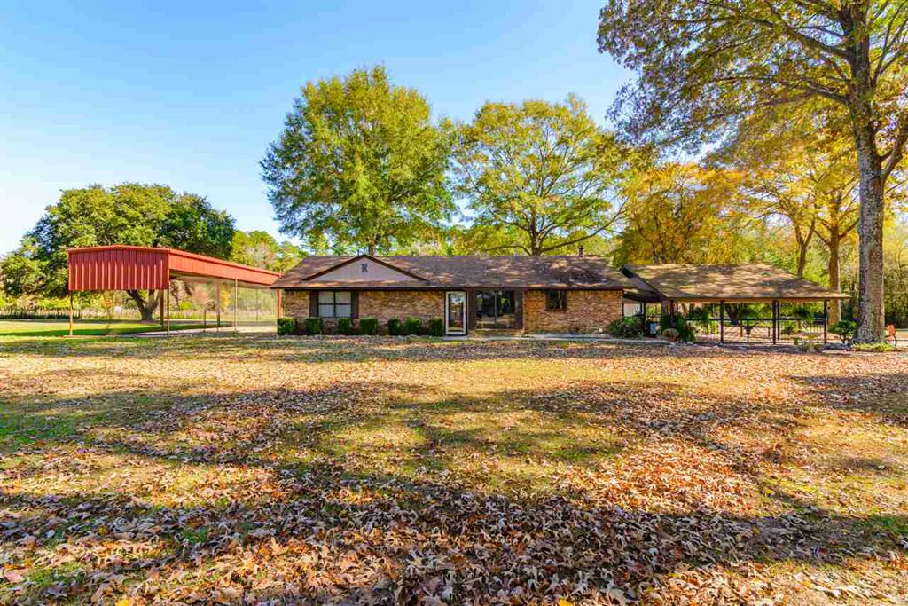 Photo of home for sale at 346 Shattles, Gilmer TX