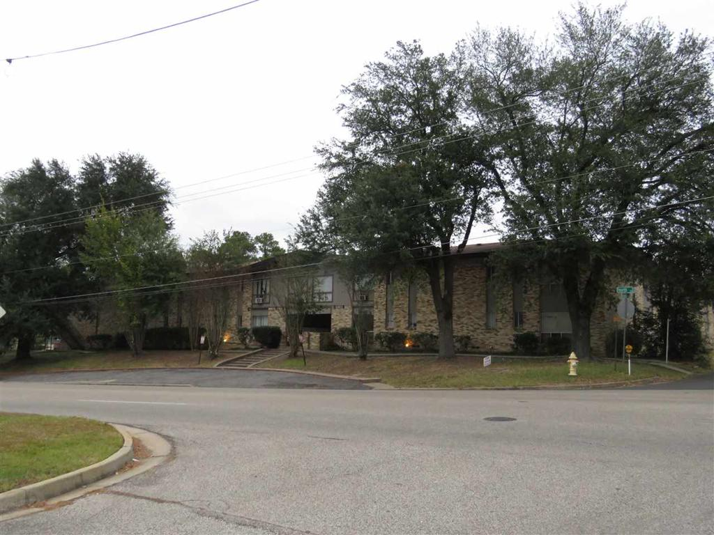 Photo of home for sale at 1200 FOURTH ST, Longview TX