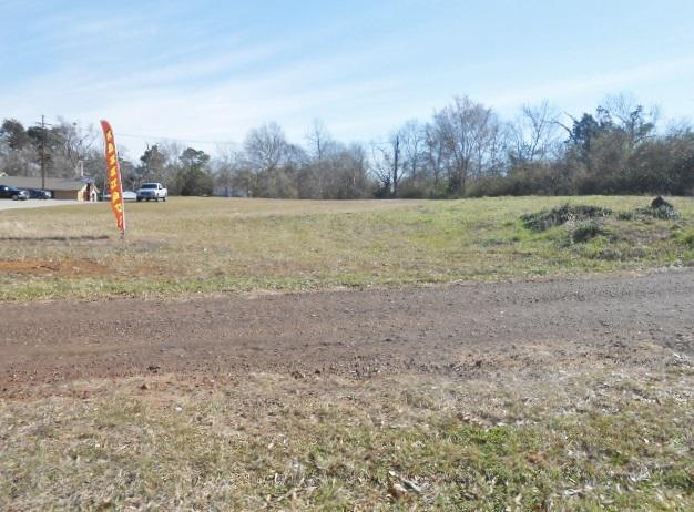 Photo of home for sale at .921 ac US Hwy 79 N, Henderson TX