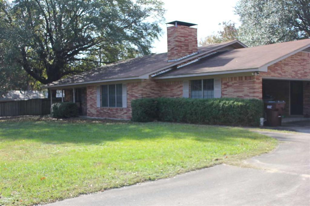Photo of home for sale at 903 Whippoorwill, Atlanta TX