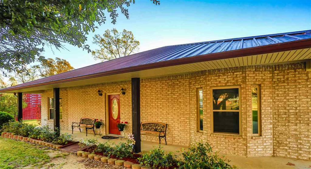 Photo of home for sale at 329 CR 193, Gary TX