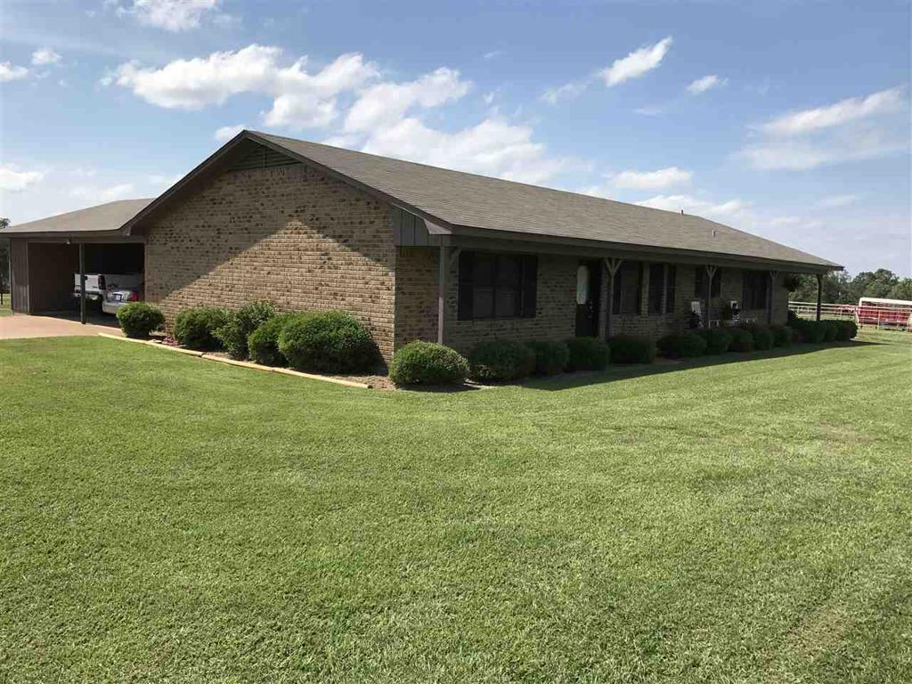 Photo of home for sale at 2596 Bob O Link, Gilmer TX