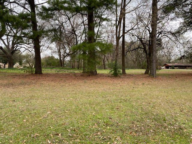 Photo of home for sale at 0 Cooks Lane, Texarkana TX