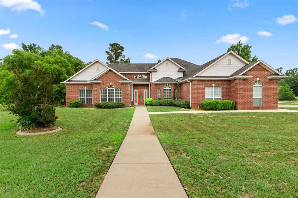 Photo of home for sale at 24000 Birdie Ln, Gladewater TX