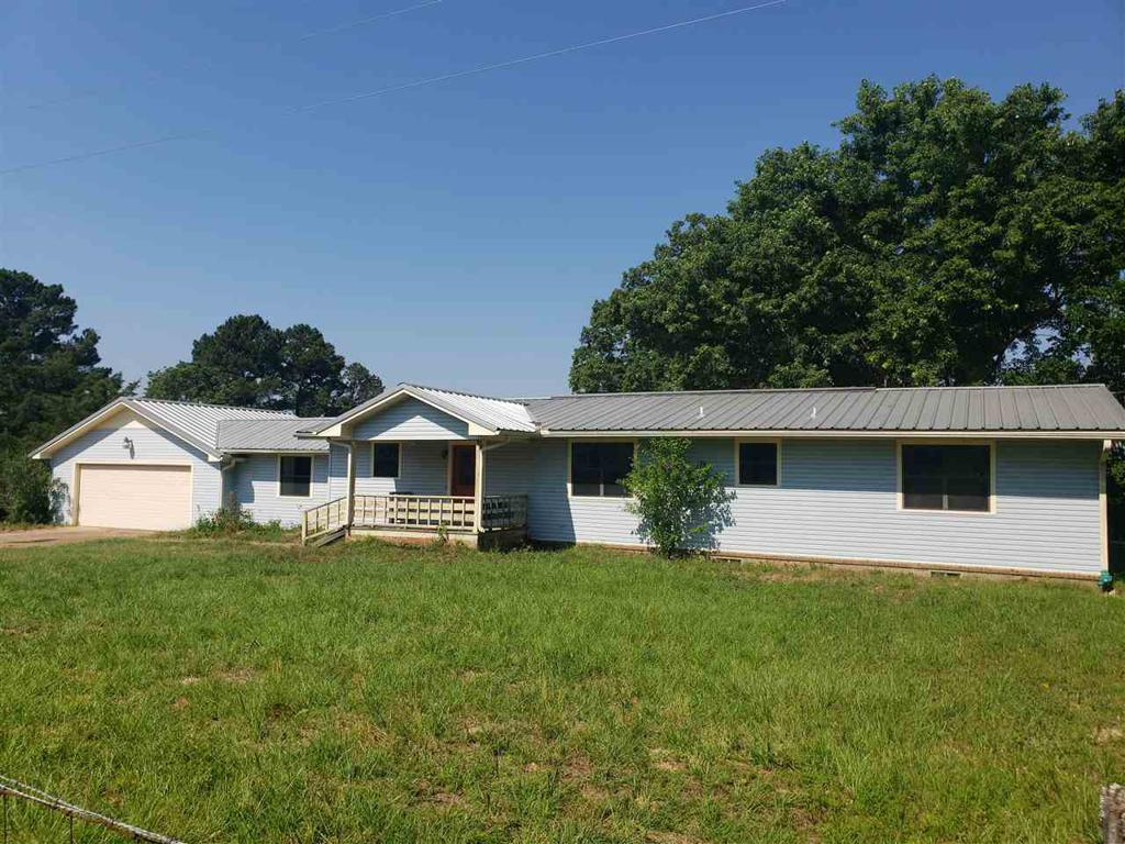 Photo of home for sale at 8009 FM 1649 N, Gilmer TX