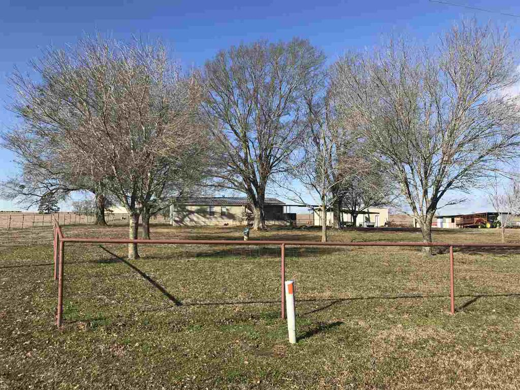 Photo of home for sale at 353 CR 322, Deberry TX