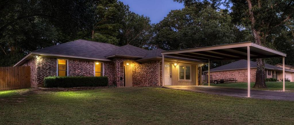 Photo of home for sale at 199 GLENDALE LN, Kilgore TX