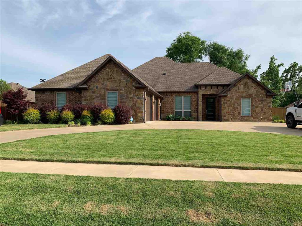 Photo of home for sale at 204 Strait Lane, Longview TX