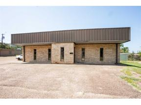 Property for sale at 309 W Gregg Ave, Gladewater,  Texas 75647
