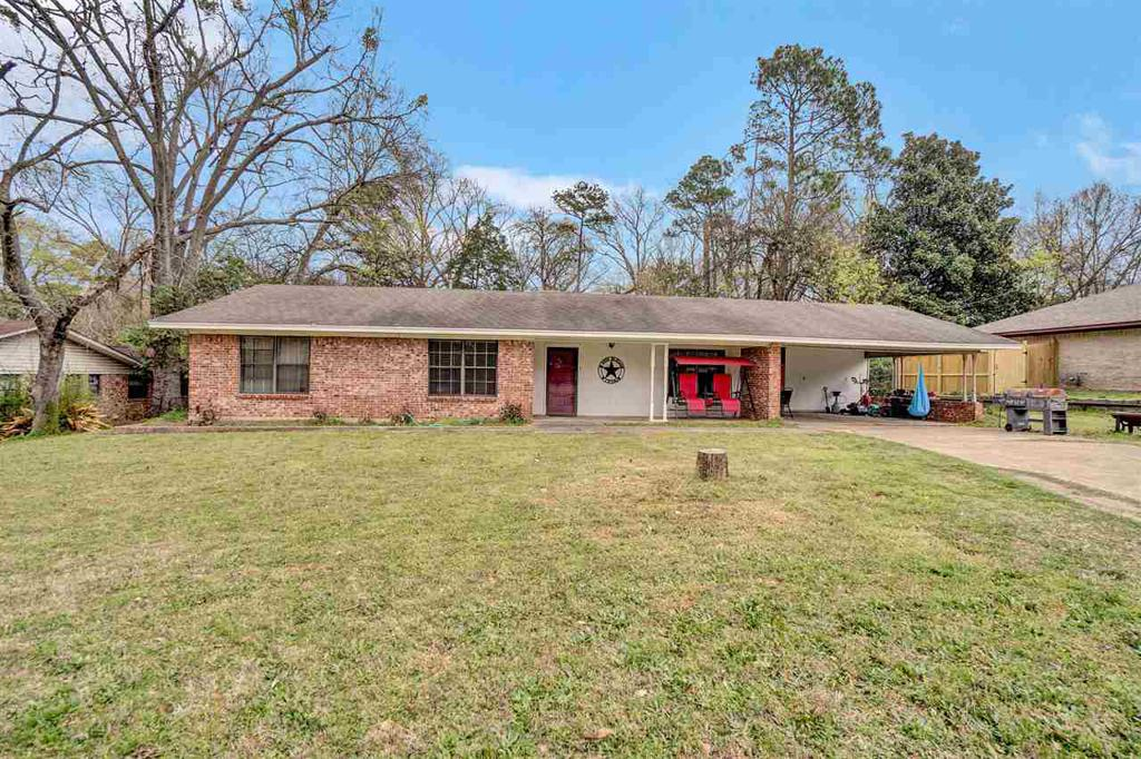 Photo of home for sale at 200 DICKARD, Hawkins TX