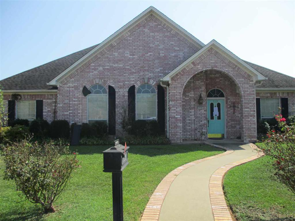 Photo of home for sale at 112 Garden Vista Dr., Marshall TX