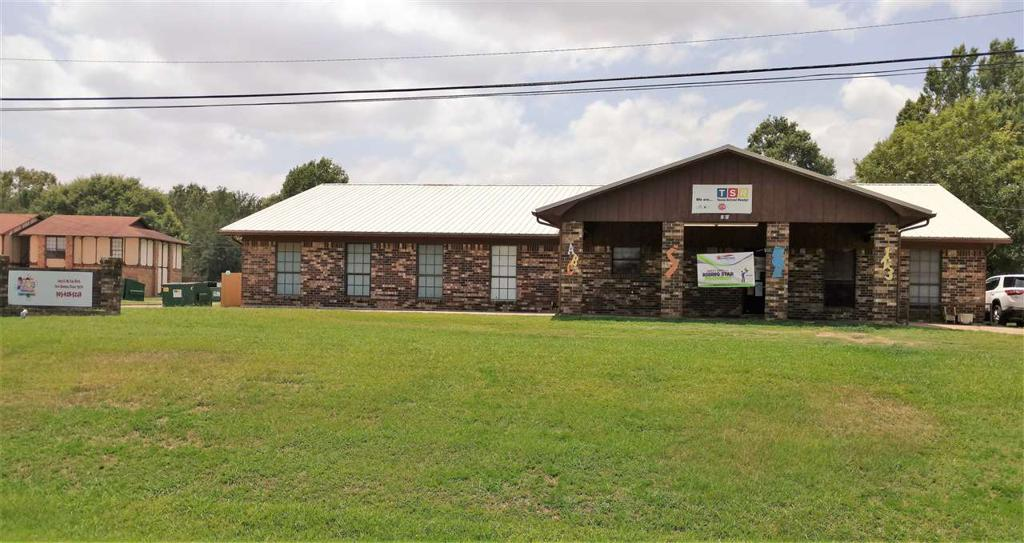 Photo of home for sale at 1003 McCoy Blvd., New Boston TX