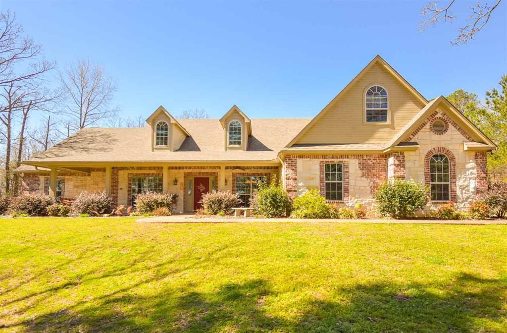 Photo of home for sale at 2986 Bobwhite Rd, Gilmer TX