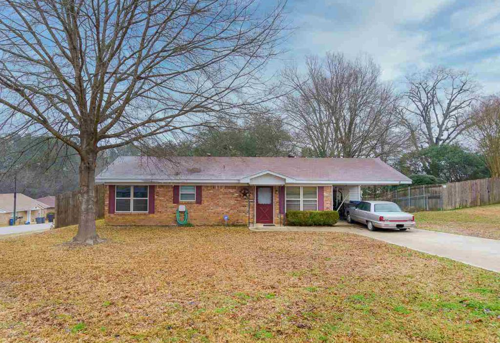 Photo of home for sale at 302 ASH, White Oak TX