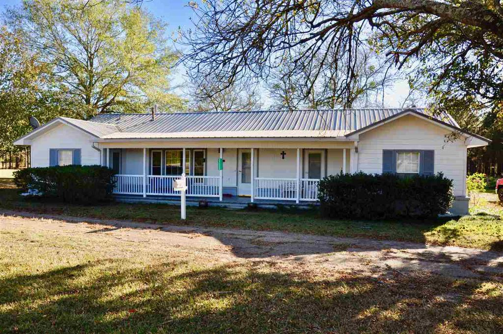 Photo of home for sale at 25335 W HWY 77, Naples TX