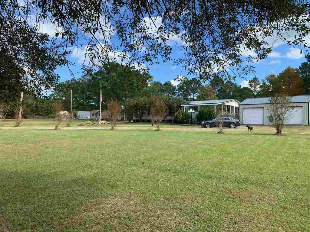 Photo of home for sale at 634 CR 327, Deberry TX