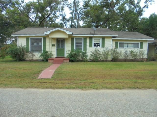 Photo of home for sale at 706 Friou, Jefferson TX