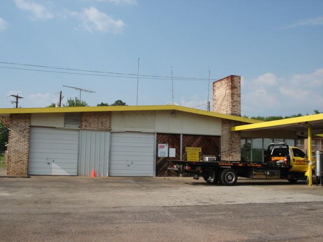 Photo of home for sale at 601 I-20 ACCESS RD., Longview TX
